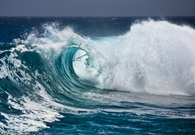wave-ocean-water-spray-foam